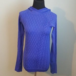 Nice ladies Lululemon hooded shirt, size 6